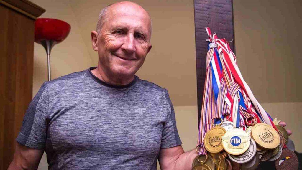Marek Cieślak z medalami