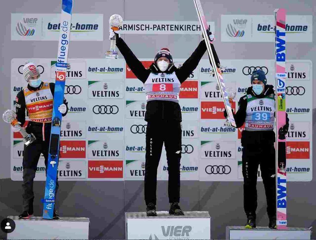 Ga-Pa podium